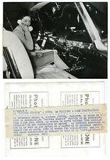 Photo vers 1960 la voiture miracle Alfonse Joncker Bruxelles Belgique