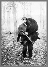 """Old Time Photo, 1909, Bear Hunting, Hunter, 18""""x13"""" Hunt,  Rifle antique sport"""
