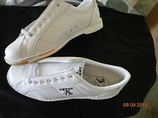 BOWLING SHOES-RIGHT HAND 11 1/2  FREE PRIORITY SHIPPING!!!