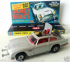 CORGI James Bond 007 ASTON MARTIN DB5 Diecast Model & Custom 261 Display Base [B