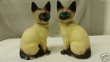 Ceramic Kittens Cats Pair Of Vintage Blue Eyed Siamese Figurines R.O.C TAIWAN