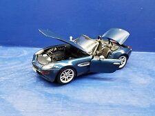 Maisto BMW Z8 Die Cast Model 1:18 Scale #36896 Premier Edition 2000 Dark Blue