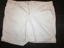 NEW w/Tag-Women's White Sonoma Bermuda Denim Shorts Sz 22W