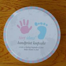 TINYY IDEAS HANDPRINT KEEPSAKE AND TINY EASEL BABY HANDS OR FOOT PRINTS NEW