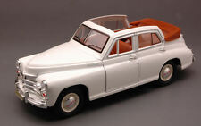 Gaz M20 Pobeda (Vittoria) Landaulette 1946-58 White (Russian Car) 1:24 Model