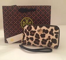 NWT Authentic Tory Burch Robinson Smartphone Wristlet Wallet Ocelot Leopard