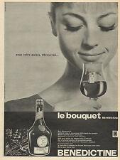 """Publicité Advertising 1960  BENEDICTINE Liqueur  Le """"bouquet"""""""