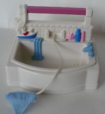 VINTAGE FISHER PRICE 1999 BATH TUB WHITE WITH WASH CLOTH DOLLHOUSE