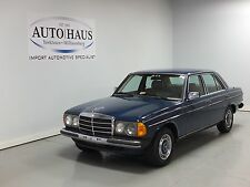 Mercedes-Benz: 200-Series 230E