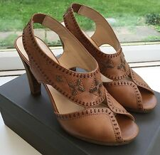 """JONES BOOTMAKERS TRIBAL STITCH LEATHER SHOES (4.5""""Heel) SIZE 41/8"""