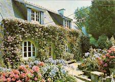 BREHAT île des fleurs et des rochers roses maison fleurie