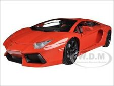 LAMBORGHINI AVENTADOR LP700-4 ORANGE 1/18 DIECAST CAR MODEL BY MOTORMAX 79154