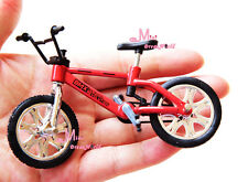 Red Toy Bicycle Bike 1/12 Dollhouse Miniature Quality