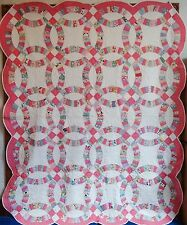 VINTAGE HAND MADE QUILT Double Wedding Ring 1930's Bubblegum Pink Scalloped Edge