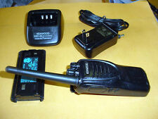KENWOOD TK-2302V-K VHF FM TRANSCEIVER w/ Charger, Battery, Antenna & AC Adapter