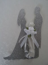 1 x Decorative Silver Bride and Groom Topper with boquet of flowers and rings