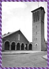 Montluçon - La iglesia Ste Thérèse del' niño jesús