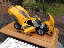 Exoto 1/18 FORD GT40 MKIV Danbury MINT CON DISPLAY CASE BRUCE McLAREN Andretti