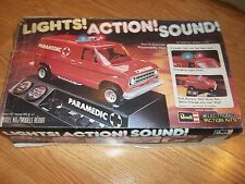 VINTAGE 1978 REVELL H-800 Paramedic Van Lights Action Sound  Model Kit