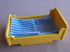 LEGO Duplo Bett gelb Bettwäsche hell blau weiss Bettchen Puppenhaus Krankenhaus