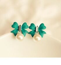 Silver Tone Butterfly Bow Knot Pearl Cute Vintage Stud Earrings Green P15
