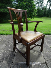 QUALITY 19thc VICTORIAN LEATHER UPHOLSTERED OAK LIBRARY DESK ARMCHAIR CIRCA 1840