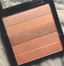 Revlon HIGHLIGHTING Palette, PEACH GLOW 010 - Blush/Bronzer/Highlighter