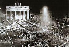 WW2 -Défilé des SA à Berlin le 30.7.33 pour la nomination de chancelier d'Hitler