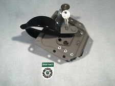 Bearmach Land Rover Series 2, 3 Front L/H Door Handle Lock & key's 337802 BR2113