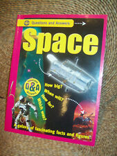 """QUESTION AND ANSWERS """"SPACE"""" BOOK - A GALAXY OF FASCINATING FACTS & FIGURES"""