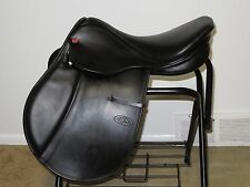 "NEARLY NEW Black COURBETTE ""MAGIC"" English All-Purpose/Jumping Saddle~17"" Seat"