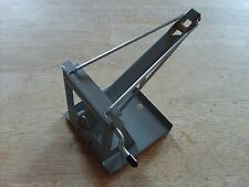 PRESSED STEEL  TOYS - TONKA TOYS JEEP WRECKER  BOOM WITH STRING AND HOOK