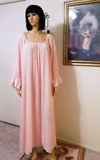 LUCIE ANN vintage Nylon BUBBLE GUM PINK Long Sleeved Nightgown size L large