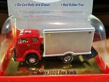 Classic Metal Works Mini Metals 1953 White 3000 Box Truck 1:87 HO Scale Diecast