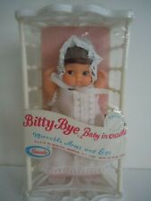 "ULTRA RARE VINTAGE UNEEDA 1974 BIG EYES DOLL "" BITTY BYE BABY IN CRADLE "" NEW"