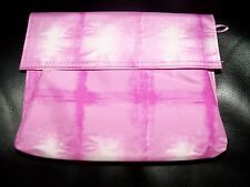 CLINIQUE PURPLE/WHITE TRAVEL/Cosmetic/Make Up Bag NWOT