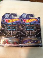 2 Hot Wheels 2015 HAPPY HALLOWEEN Kroger Exclusive SCREAMLINER & HI I.Q 1:64 NOC