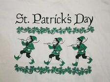NWT & Vintage St. Patrick's Day Kiss Me Irish Green Beer College Party T Shirt L