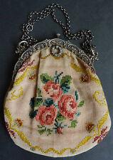 Petit sac brodé avec monture en argent massif 19e siècle silver bag