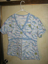 STARS OF STARS BEST MEDICAL (FLOWERS)  SCRUB TOP SIZE LARGE (2 POCKETS)