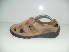 Cobbie Cuddlers Sandal Womens Shoes Size 6W