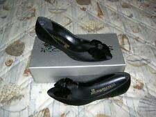 Size 8 M ~ New Peau Black Shoes ~ Special Occasion ~ First Quality
