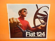 1968 FIAT 124 SPORT SPIDER CONVERTIBLE SPORT COUPE SEDAN DELUXE BROCHURE CATALOG