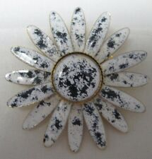 Vintage White & Blue Enamel Flower Daisy Brooch - Spatterware Design