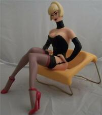 PIN UP & Design LOLA Stephan SAINT emett / Eames Scultura Figurina