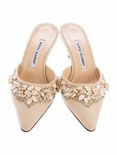 $1295 New MANOLO BLAHNIK CORRO NUDE BEIGE JEWELED SHOES kitten heels Mules 39
