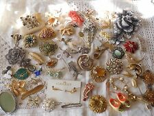 Lovely Huge Job Lot Of Vintage 1950s/60s/70s/80s Costume Jewellery Brooches
