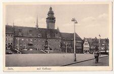 Ak Zeitz Platz mit Rathaus Radfahrer 1943 Feldpost ! (A1533