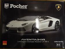 Pocher Lamborghini Aventador LP700-4 Roadster Canopus White 1/8  Car Kit HK104