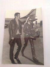 JEAN PAUL BELMONDO  et URSULA ANDRESS - Photo de presse originale 18x13cm